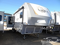 2017 HIGHLAND RIDGE LIGHT 319RLS