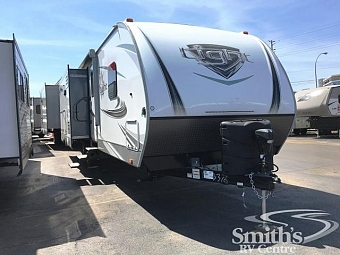 2018 HIGHLAND RIDGE LIGHT 275RLS